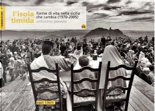L'isola timida by Antonino Pennisi, Enzo Mancuso, Lorenzo Mancuso, Maria Attanasio