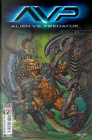 Aliens #17 by Alex Maleev, Ian Edginton