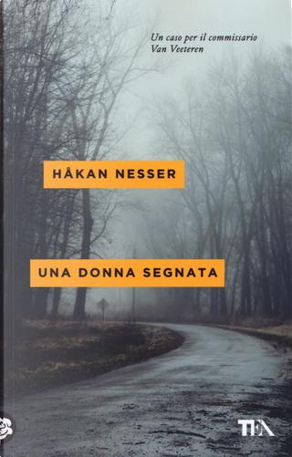 Una donna segnata by Hakan Nesser